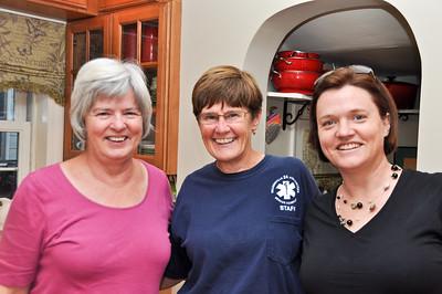 Eileen, Karen Mount and Linda