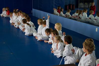 20110326_Josie_Karate_39