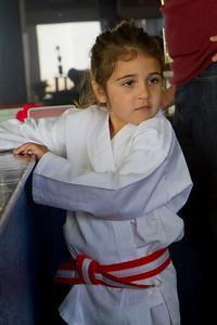 20110326_Josie_Karate_01