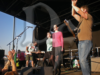 Irish dancers perform on-stage with The Rovers at Shamrock Fest 2011