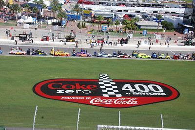 Sprint Cup qualifying for the Coke 400