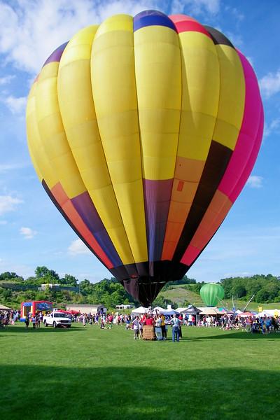 Tethered Balloon rides.