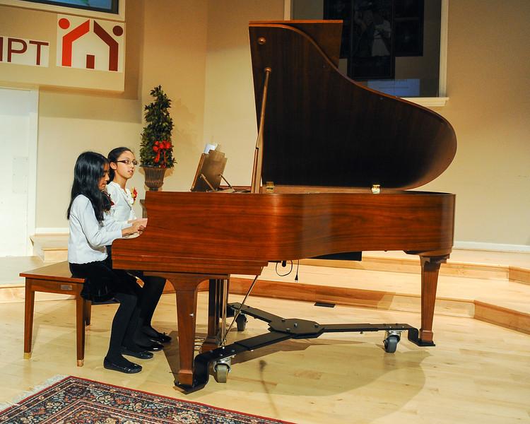2012 Christmas Concert-52