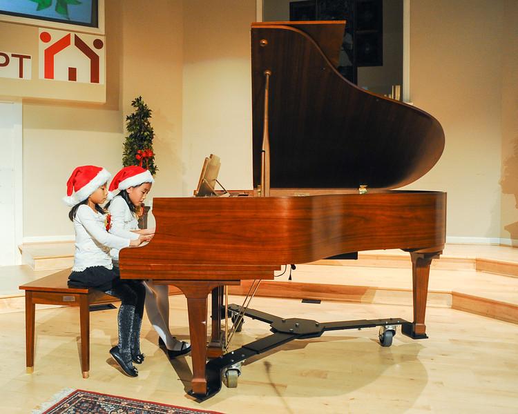 2012 Christmas Concert-55