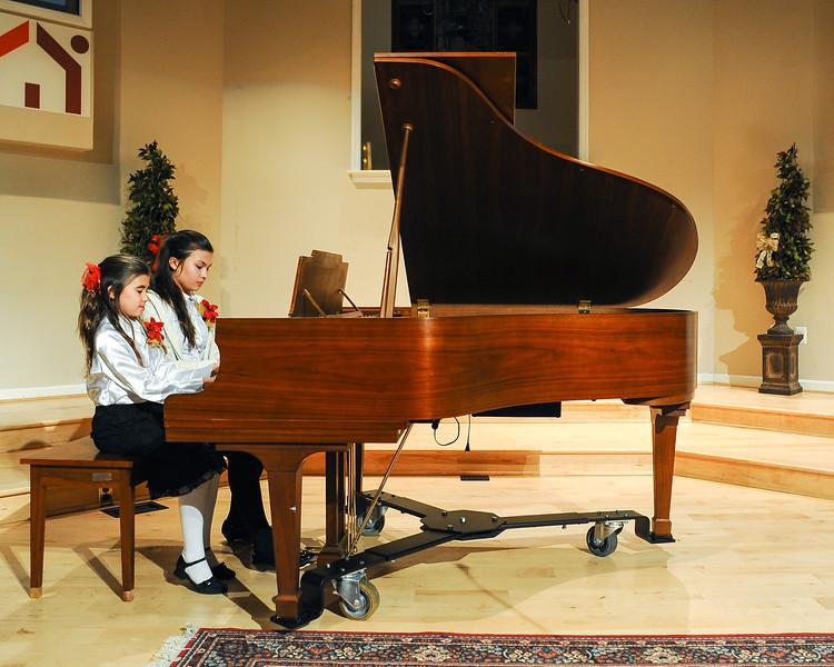 2012 Christmas Concert-19