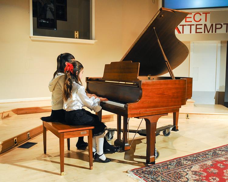 2012 Christmas Concert-18