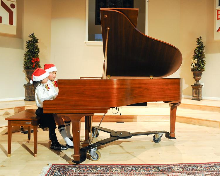 2012 Christmas Concert-15