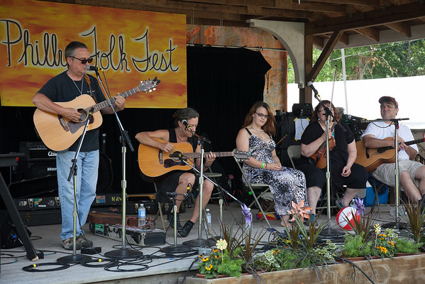 Saturday afternoon concert on the craft stage. (Howard Pitkow/for Newsworks)