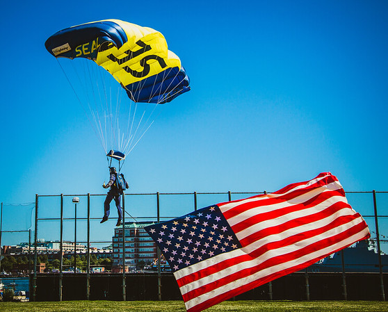 2012-07 | US Navy Seals Parachute Team at Puopolo Park