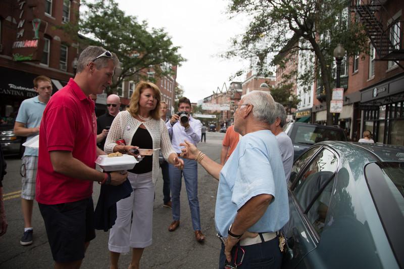 Sen. Scott Brown and Wife Gail Huff Meet Dom C.