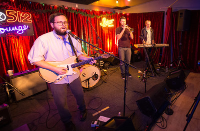 Shiner Sessions in the Do512 Lounge: The Eastern Sea's First Christmas