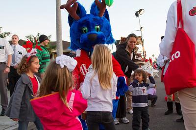 20121201_Encinitas_Xmas_Parade_02