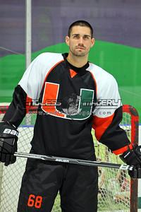 18SEPT2012UMHockey038