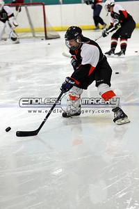 18SEPT2012UMHockey005