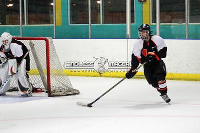 18SEPT2012UMHockey032