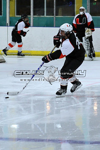 18SEPT2012UMHockey010