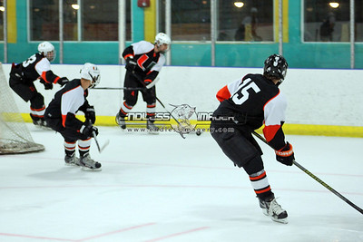 18SEPT2012UMHockey018