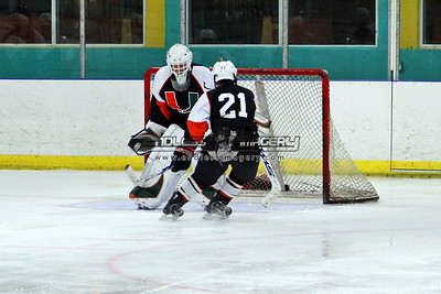 18SEPT2012UMHockey009