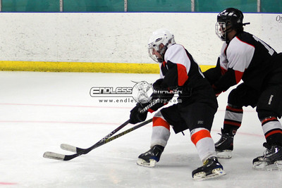 18SEPT2012UMHockey026