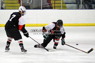 18SEPT2012UMHockey033