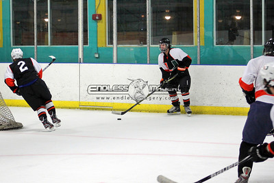 18SEPT2012UMHockey029