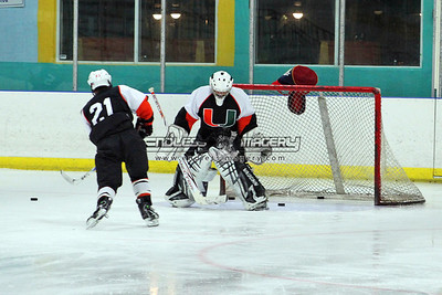 18SEPT2012UMHockey006