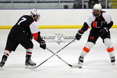 18SEPT2012UMHockey034