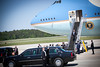 20120424 President Barack Obama, RDU Airport, enroute to UNC-Chapel Hill talk (8078, 1149a) (c2012 Dilip Barman)