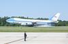 00aFavorite 20120424 President Barack Obama, RDU Airport, enroute to UNC-Chapel Hill talk (8000, 1136a) (c2012 Dilip Barman)