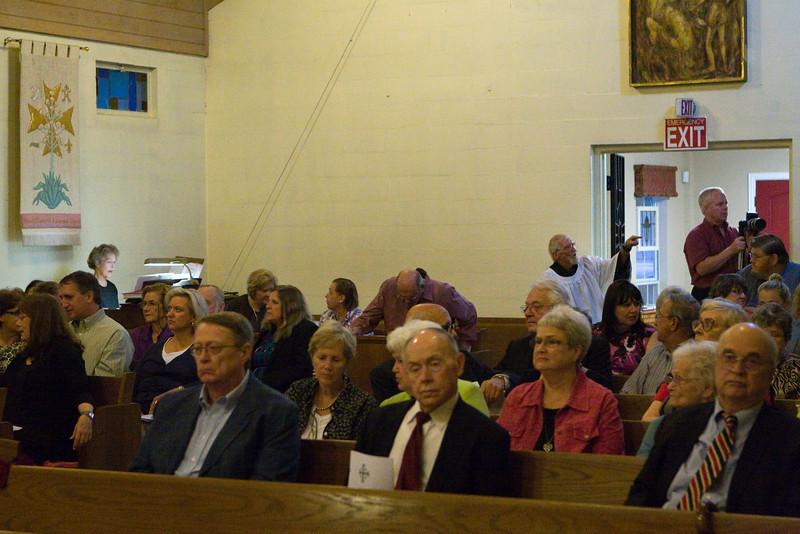 20121024-Cindy-Ruiz-Riquer-ordination-deacon-IMG_7581