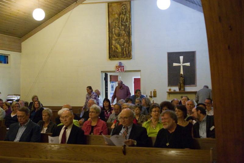 20121024-Cindy-Ruiz-Riquer-ordination-deacon-IMG_7579
