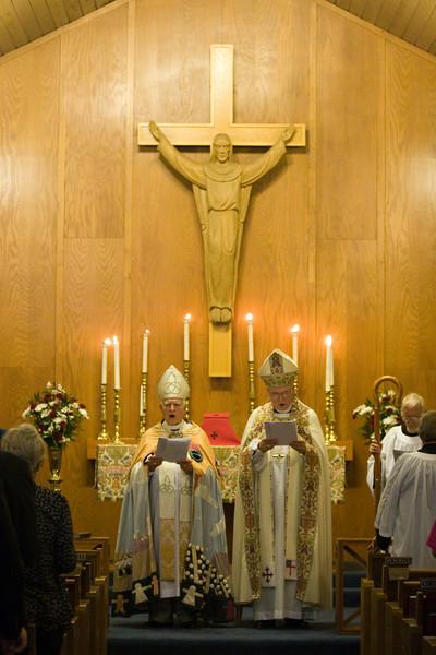 20121024-Cindy-Ruiz-Riquer-ordination-deacon-IMG_7206
