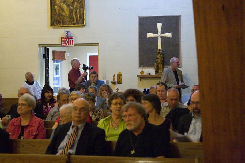 20121024-Cindy-Ruiz-Riquer-ordination-deacon-IMG_7582