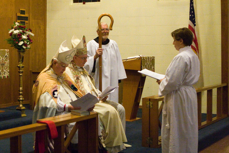 20121024-Cindy-Ruiz-Riquer-ordination-deacon-IMG_7638