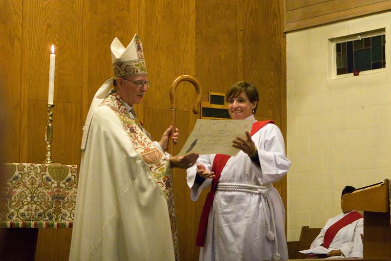 20121024-Cindy-Ruiz-Riquer-ordination-deacon-IMG_7685