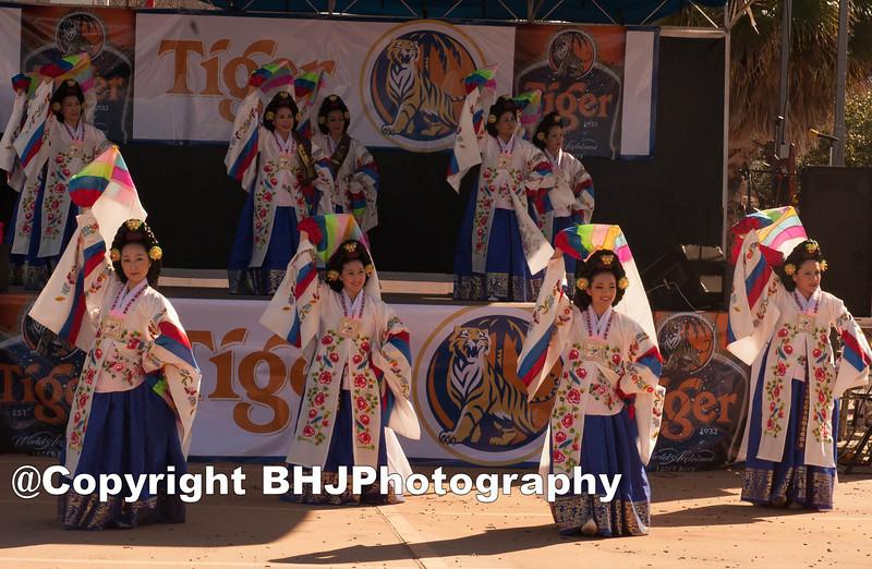 Members of the Ari Rang – Korean Classical Dance Ensemble.