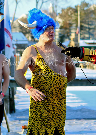 2013-01-01 ALARC Ice Dive - Dive Times: 9:15-9:30