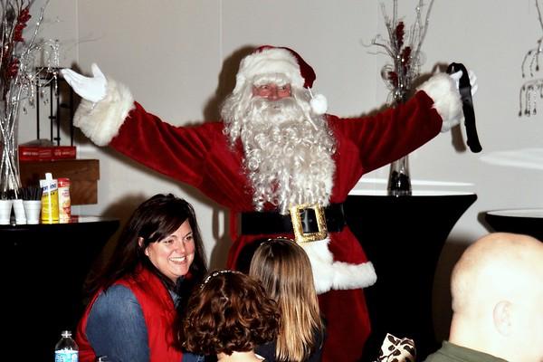 2013 Cargill's Santa Party for the Kids, Alexander's Premier Banquet Facility Restaurant, Marysville, MI