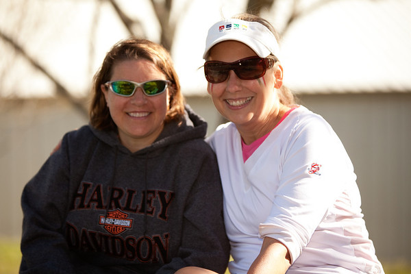 Lynne and Vicky courtside