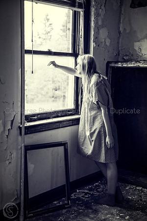 asylum-mirror-01