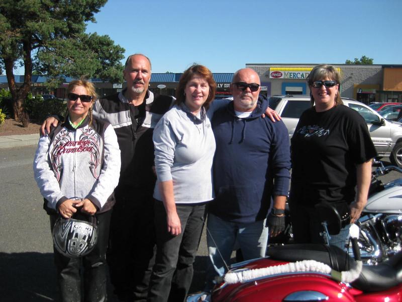 Left to Right:  Korene Choate, David Grossman, Jean Richardson, John Richardson, Bev Willemsen Van Zandt, at Andy's North Diner, Pasco, WA, July 4, 2013