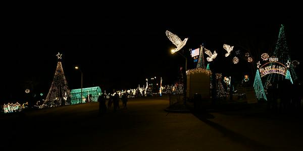 2013 - Walkway of Lights