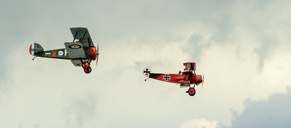 Sopwith Camel and Fokker DR-1 Triplane