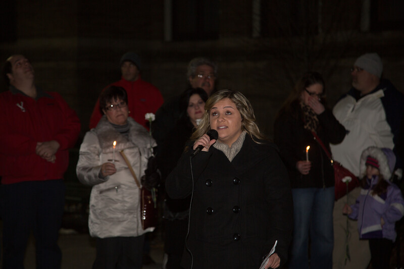 2013-01 | Candlelight Vigil for Newtown Victims 100