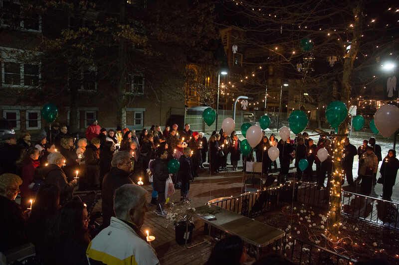 2013-01 | Candlelight Vigil for Newtown Victims 128