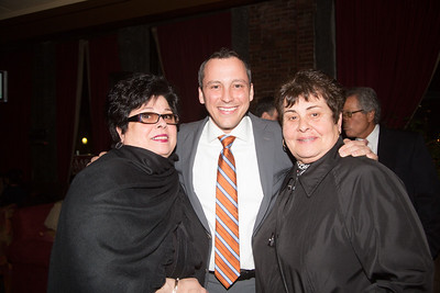 """Marie """"ReRe"""" Bamonte (left), Rep - 2013-04-09 at 20-14-48"""