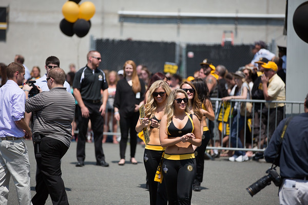 2013-06 | Boston Bruins Send Off to Chicago from TD Garden 193 - 2013-06-21 at 11-27-45