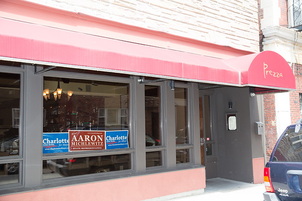 2013-06   Aaron Michlewitz Event with Mayoral Candidate Charlotte Gomar Richie at Prezza 72 - 2013-06-09 at 13-54-57