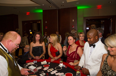 A good looking crowd at the blackjack table