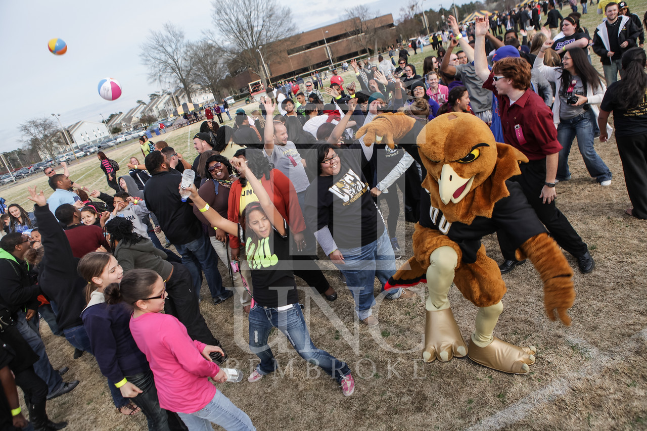 UNCP holds the longest handshake in the University's history on March 20th, 2013. print_handshake_0086.jpg